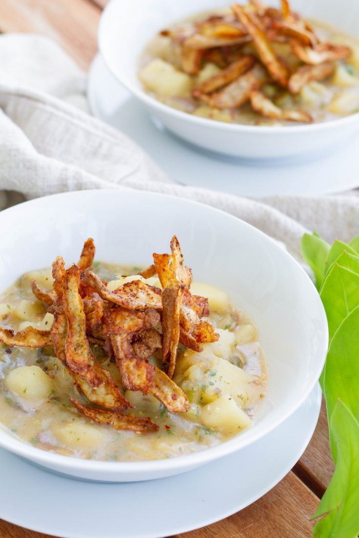 Try This Dairy-Free Parsley Potato Soup For Fall