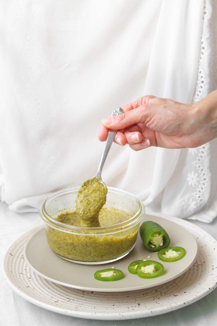 How To Make Mexican Salsa Verde  (Green Tomatillo Salsa)